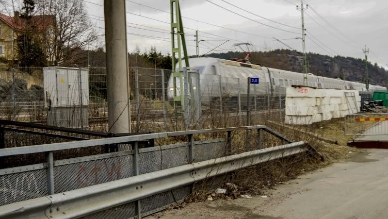 X2000  passerar Partille station år 2017