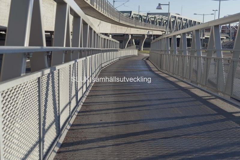 Man kan gå mellan Gamlestaden och Hisingen på 15 minuter, tack vare gång- och cykelvägen