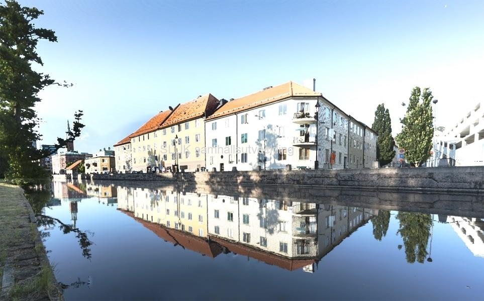 Ett annat montage utmed Mölndalsån, spegelreflex.