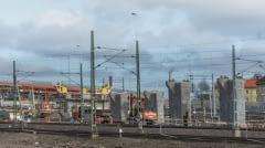 Västlänken i norr börjar i Olskroken. I Olskroken möts Bohusbanan, Norge-/Vänerbanan och Västra stambanan för gemensam infart mot Göteborgs central. Här ansluter också i princip all godstågstrafik till och från Göteborgsområdet, till exempel från Sävenäs rangerbangård, Hamnbanan, Gullbergsvass och från Västkustbanan.