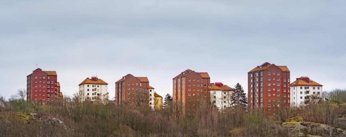 Det här är en vy från Skansen Kronan mot Norra Guldheden.