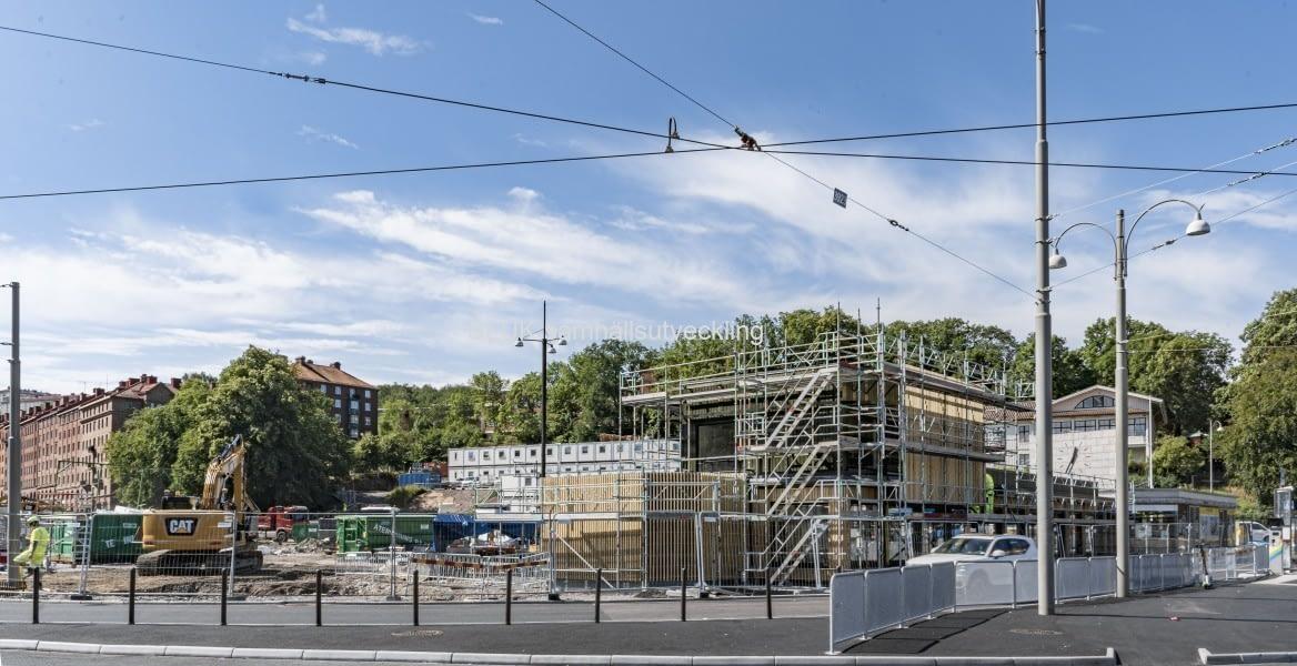 Den öppnas i september och kommer att stå kvar i fyra-sex år.