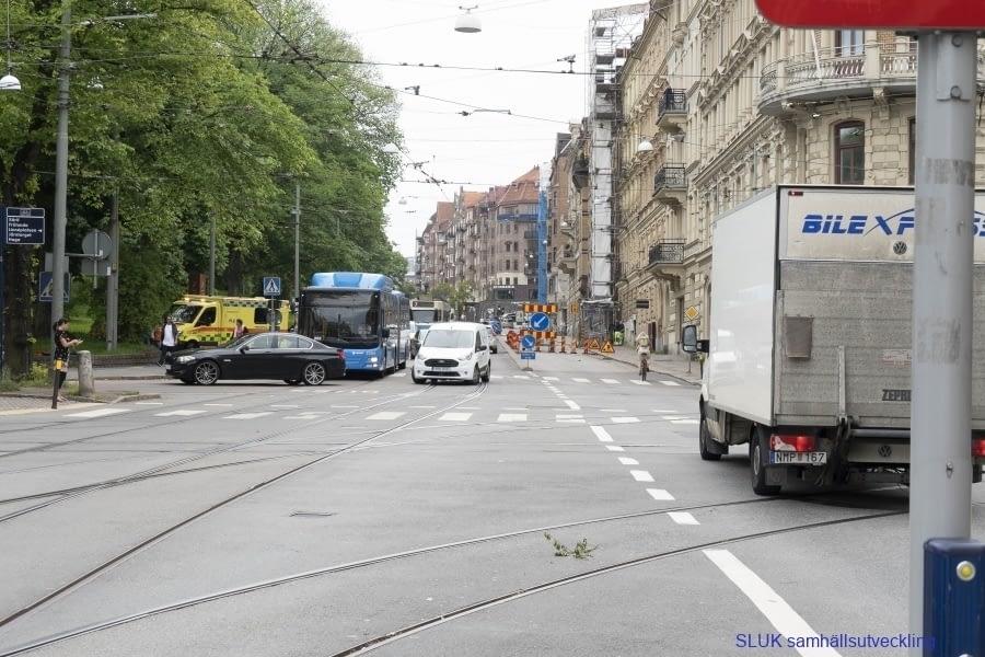 Kaos! Spåromläggning sker på Aschebergsgatan