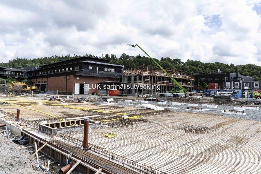 Här pågår byggnation på den västra sidan