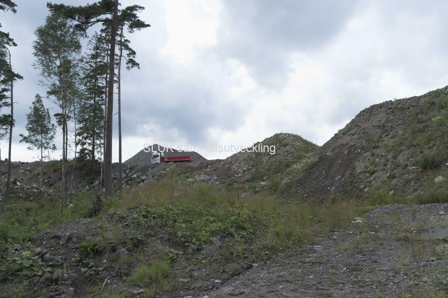 Här är bergtäkten utmed Boråsvägen