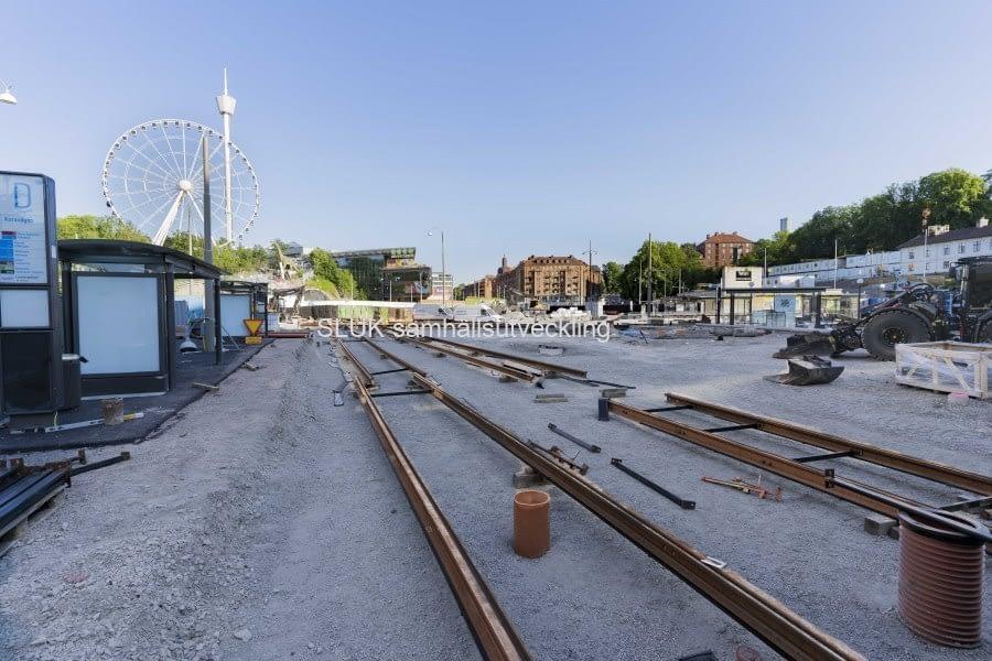 Spårarbeten pågår åt motsatt håll, utanför Liseberg mot Korsvägen.
