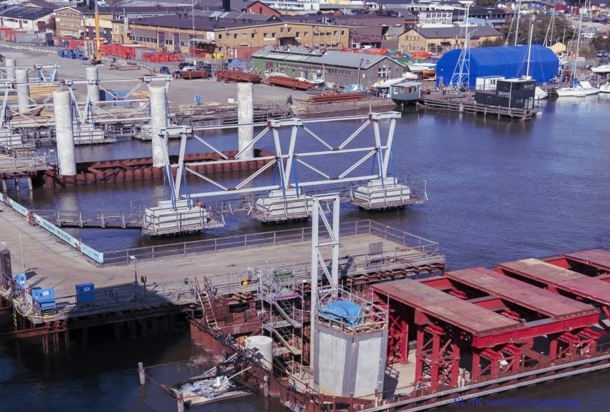 Hisingsbron ska vara klar under år 2021 och ersätter den gamla Götaälvbron, som sägs vara i väldigt dåligt skick.