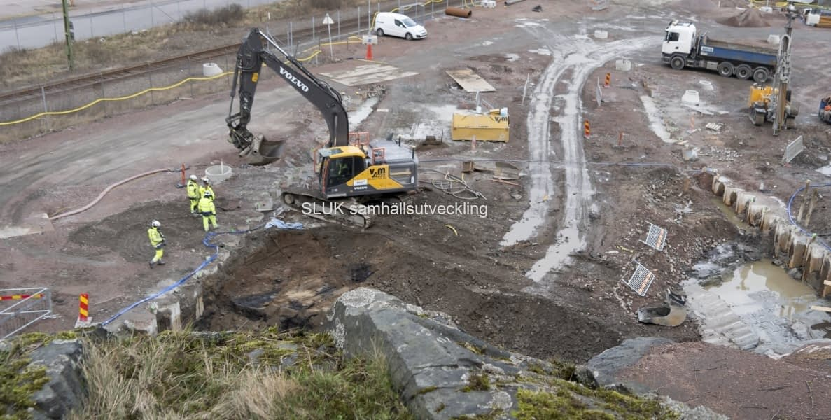 Arbeten pågår nedanför Skansen Lejonet.