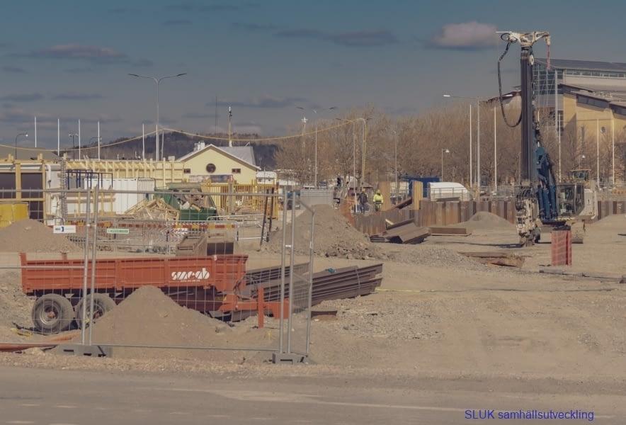 en närbild på Packhusplatsens arbetsområde