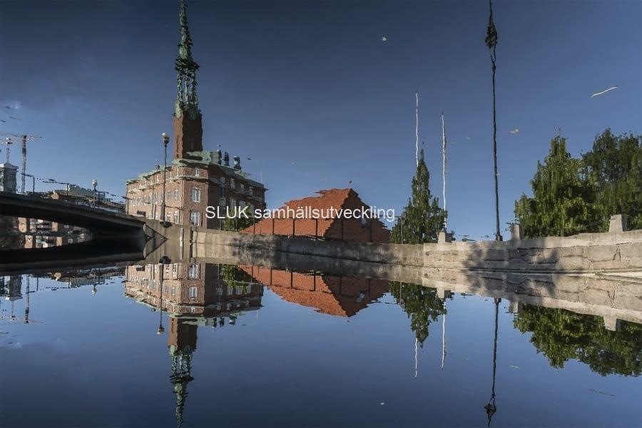 Ett montage utmed Mölndalsån, spegelreflex.
